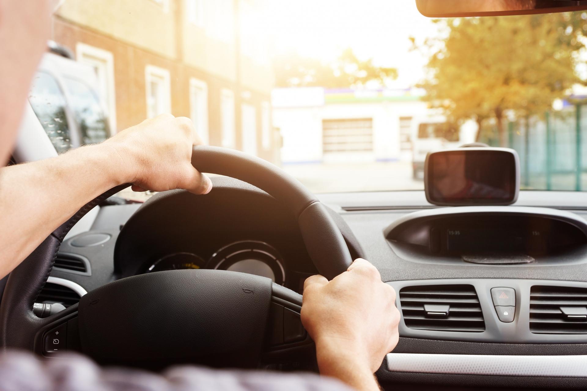 Wibracje kierownicy