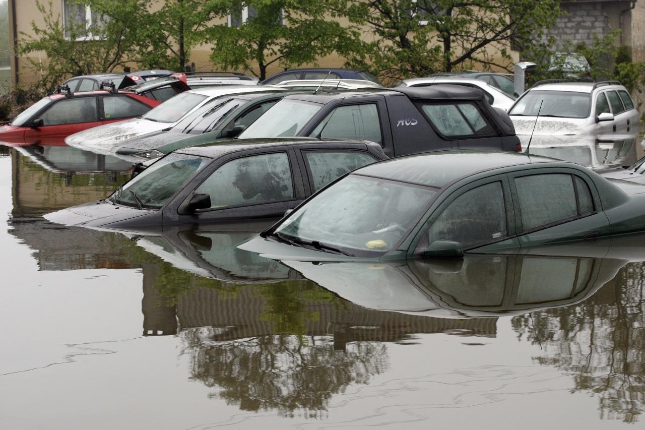Auto po powodzi
