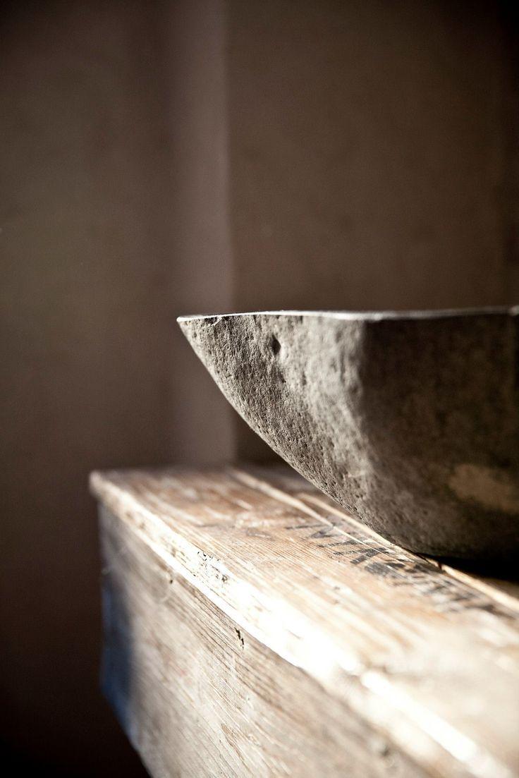 umywalka z kamienia czy corianu?